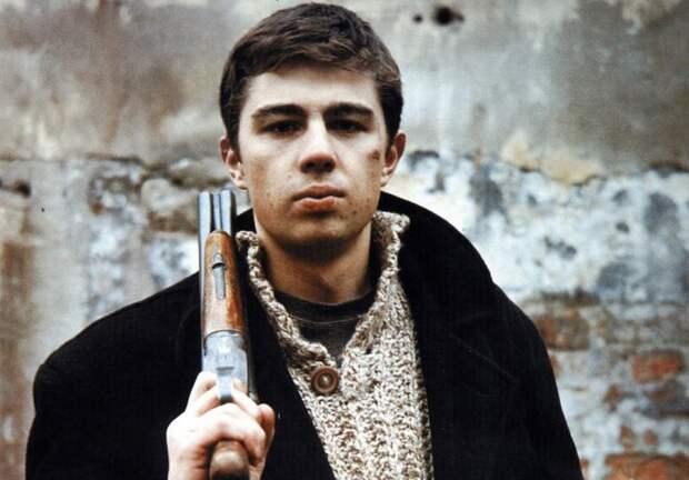 Сергей Бодров-мл. в фильме *Брат-2*, 2000   Фото: nnm.me