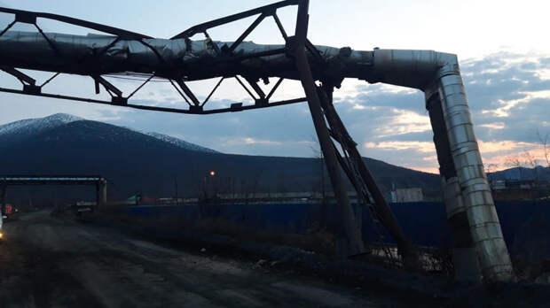 Жители поселка в Якутии остались без тепла и воды из-за автомобилиста