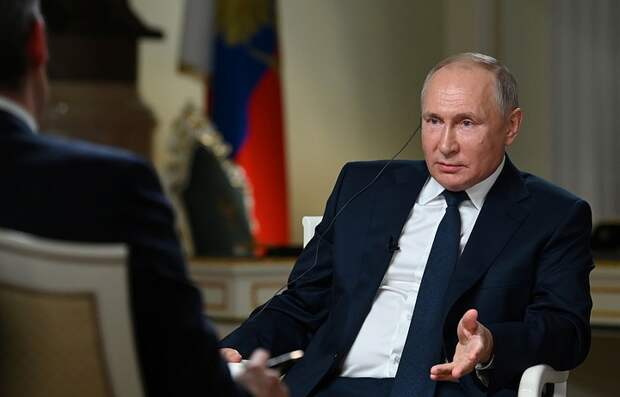 Путин заявил, что не знал о посадке самолета Ryanair заранее