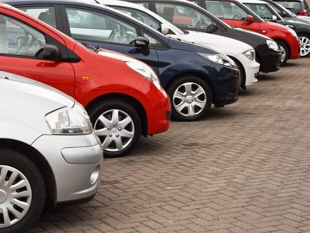 В начале 2021 года спрос на автомобили с пробегом в России продолжает расти