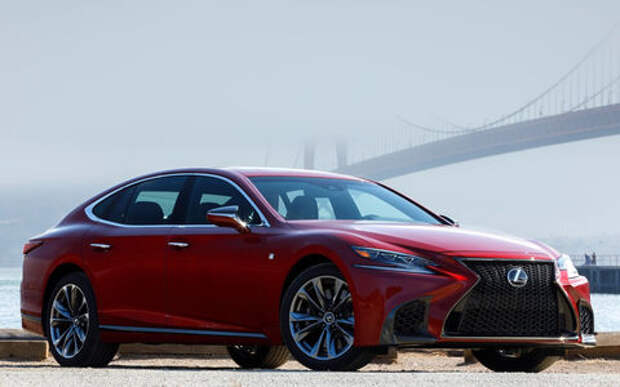Lexus подготовил свой ответ «шестисотому»
