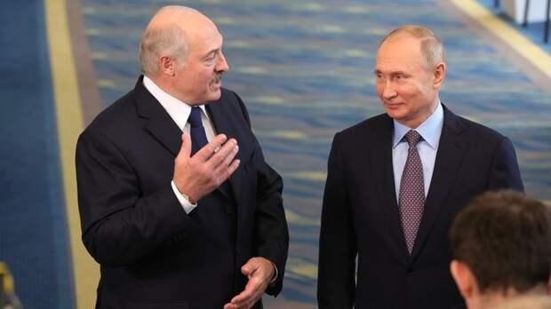 Лукашенко подставил Россию под удар американской ПРО и саботировал санкции русских, заявил политолог Суздальцев