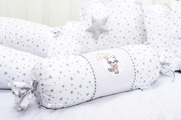 Подушка-валик – стильный декор для гостиной и комфортное изделие для сна (36 фото)