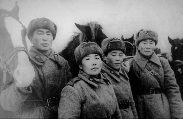 «Чёрная Смерть»: почему солдаты вермахта так боялись тувинцев