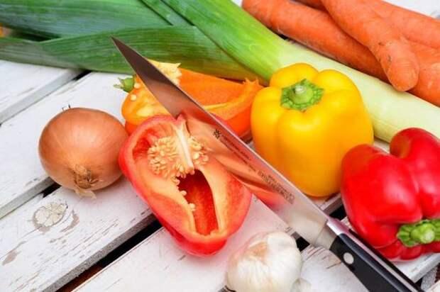Как приготовить мясные тефтели с рисом и овощами