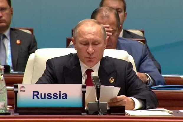 Что и кому должна Россия?