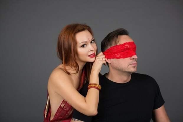 Во Франции, в одной из фирм, устраивают ежедневные курсы сексуального общения с 11:30 до 14:00