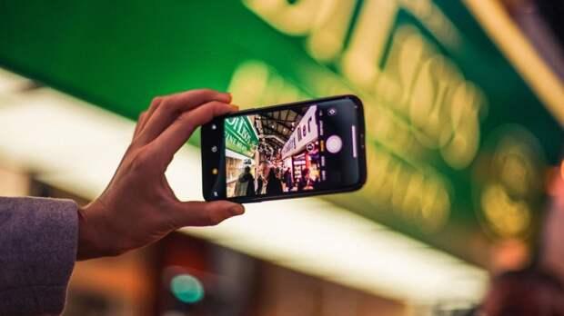 Global Times: Литва совершает фатальную ошибку, отказываясь от китайских смартфонов