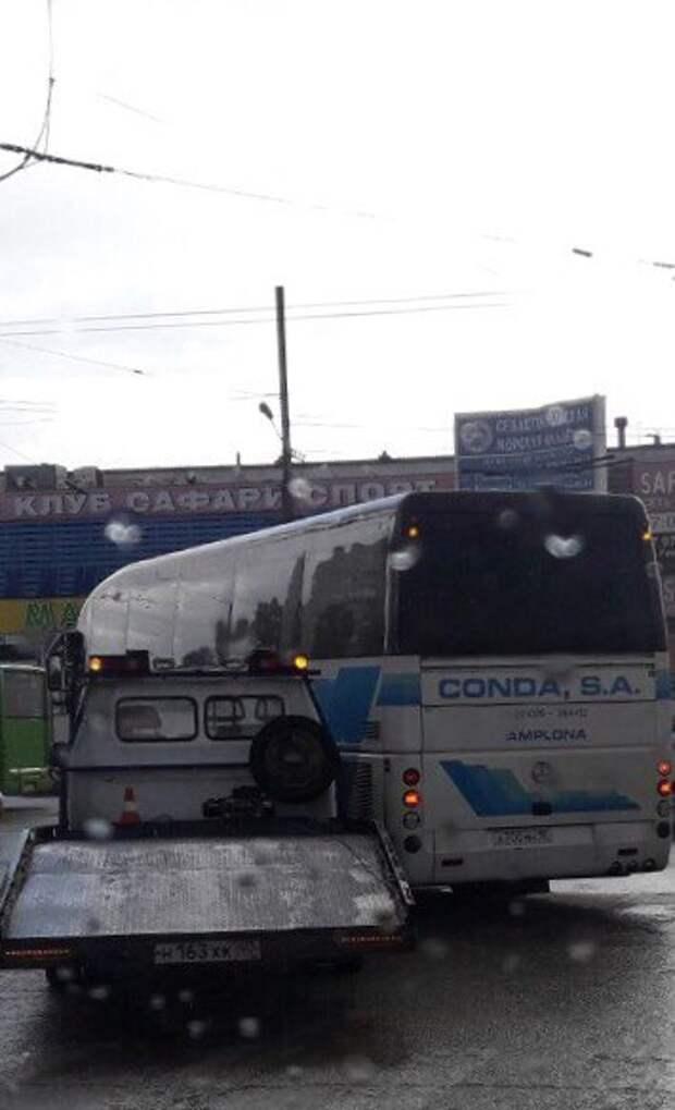 ДТП в Севастополе: пострадавших растаскивать некому (фото)