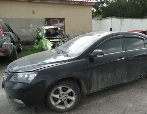 В Крыму мужчина «поматросил и бросил» чужой автомобиль (фото)