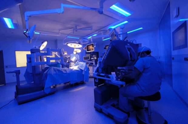 Доктор, это вам: робот-хирург ROSA упростил замену коленных суставов