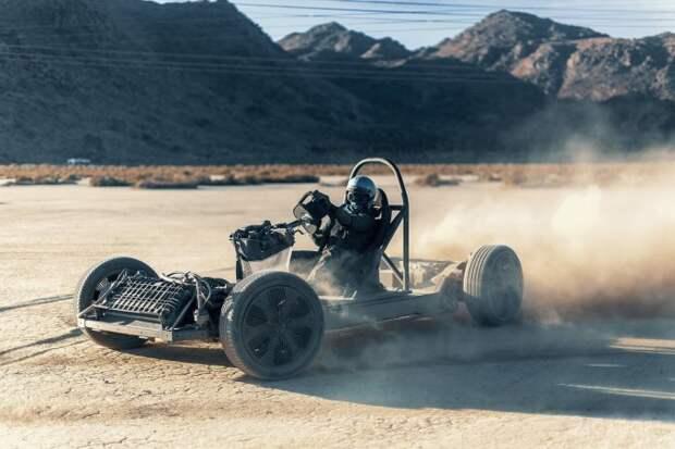 Canoo показала реальные возможности универсально платформы-скейтборда для электромобилей