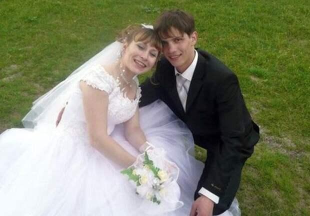 Актер с женой Еленой | Фото: stuki-druki.com