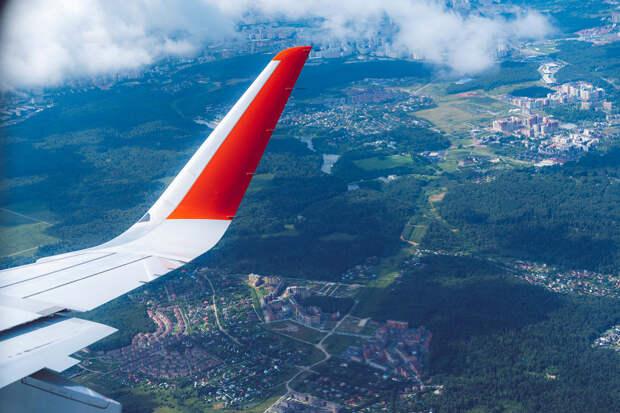 Самолёты российских авиакомпаний начали облетать Белоруссию