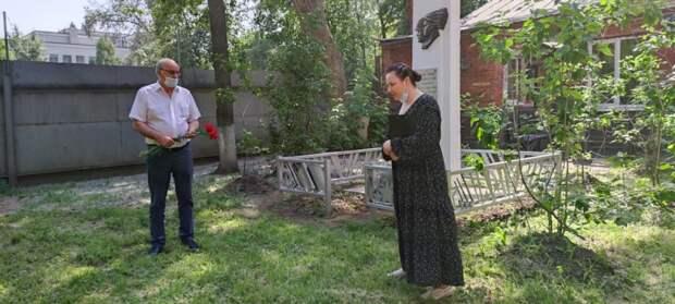 В День памяти и скорби в Марьиной роще возложили цветы к памятникам Великой Отечественной войны