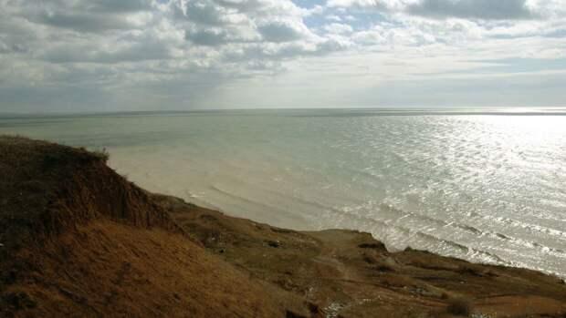 Названы сроки начала бурения скважин в Азовском море для обеспечения Крыма водой