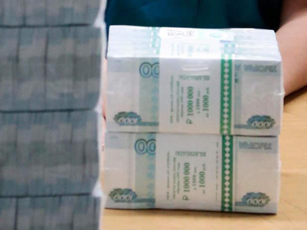 Владелец украденных денег дал показания в суде
