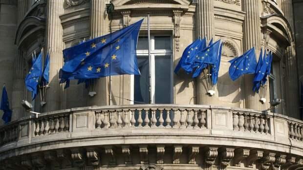 Боррель: Евросоюз с опасением наблюдает за усилением ВС РФ на границе с Украиной