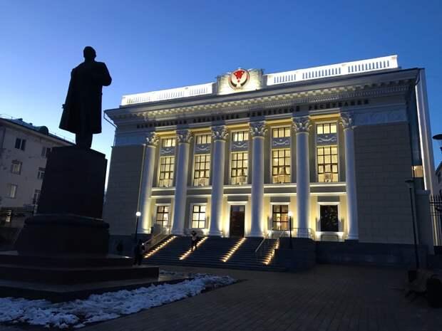 Итоги дня: открытие Нацбиблиотеки в Ижевске и спасение врачами Удмуртии пациента со 100% поражением лёгких