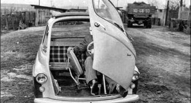 Что было бы, если бы Jawa выпускала автомобили?