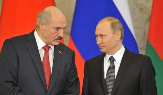 Латушко рассказал о страхе Лукашенко перед Путиным
