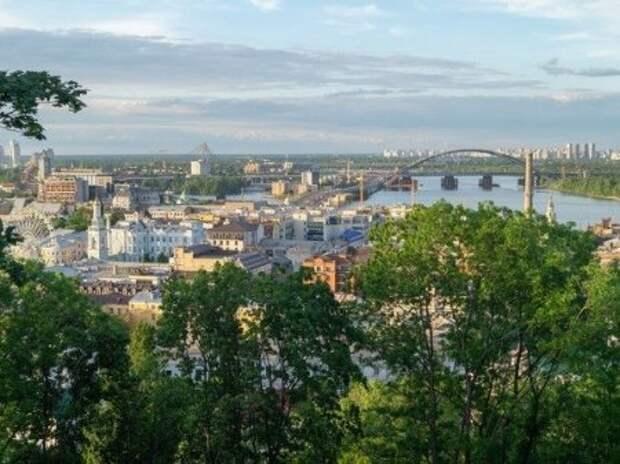 В Киеве анонсировали досрочные выборы президента Украины