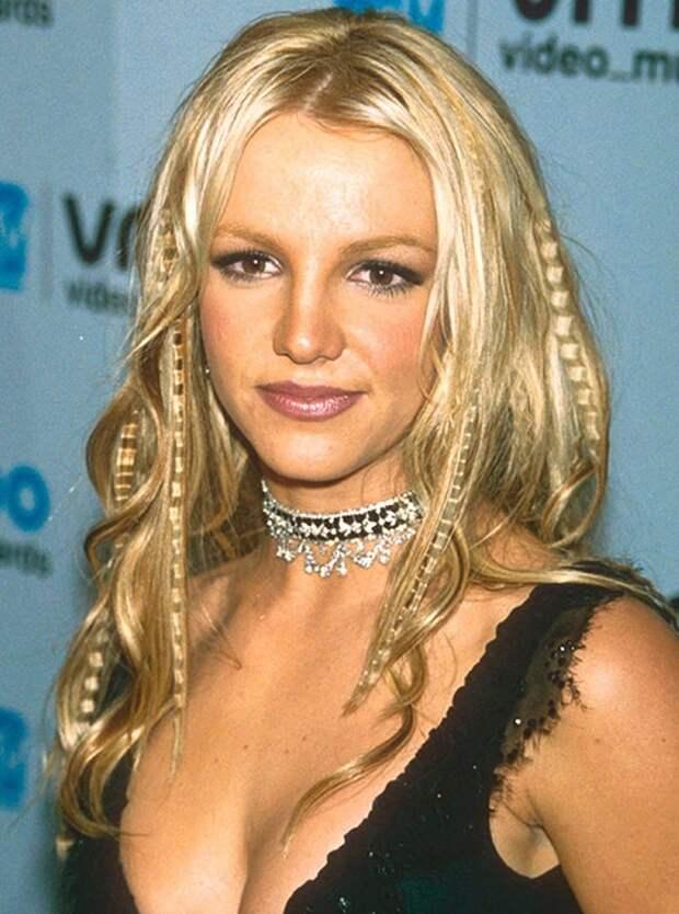 Как менялся стиль Бритни Спирс, эволюция стиля бритни спирс
