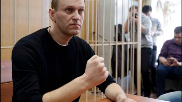 ЕСПЧ потребовал освободить Навального: мнение Серуканова