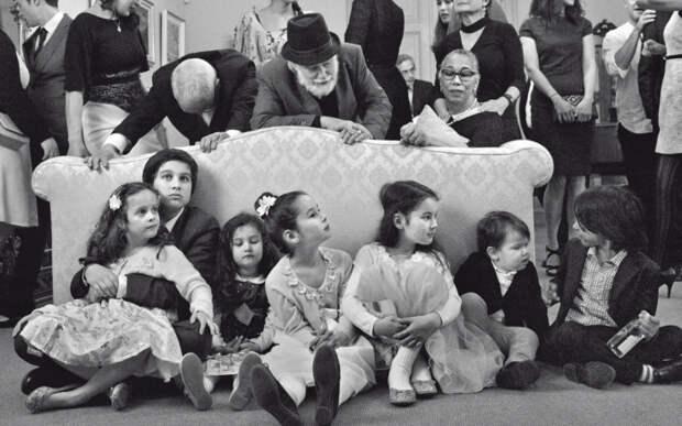 Чарли чаплин фото с женой и детьми.