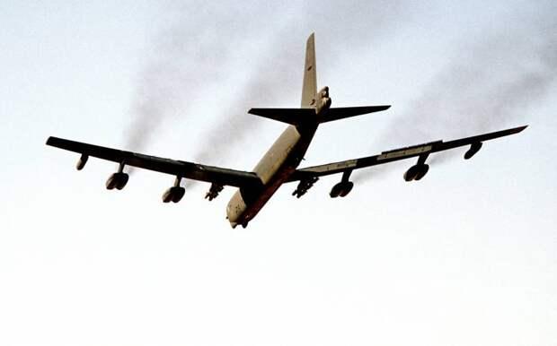 Байден принял решение о развертывании «ядерных» B-52 против Китая