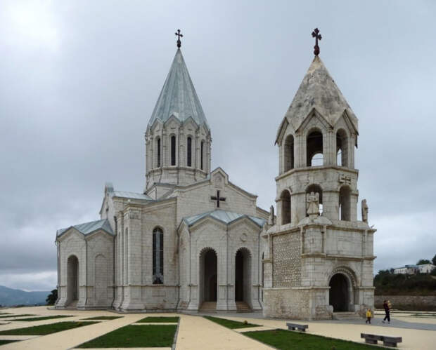 Восстановленный после взятия Шуши 9 мая 1992 года собор Святого ХристаВсеспасителя