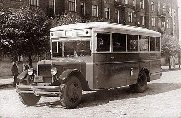 Городские автобусы АМО - ЗИС - ЗИЛ времён СССР-22 фото-