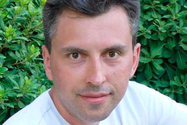 Топ-менеджер «Роскосмоса» обозвал жителей хрущевок «скотобазой»