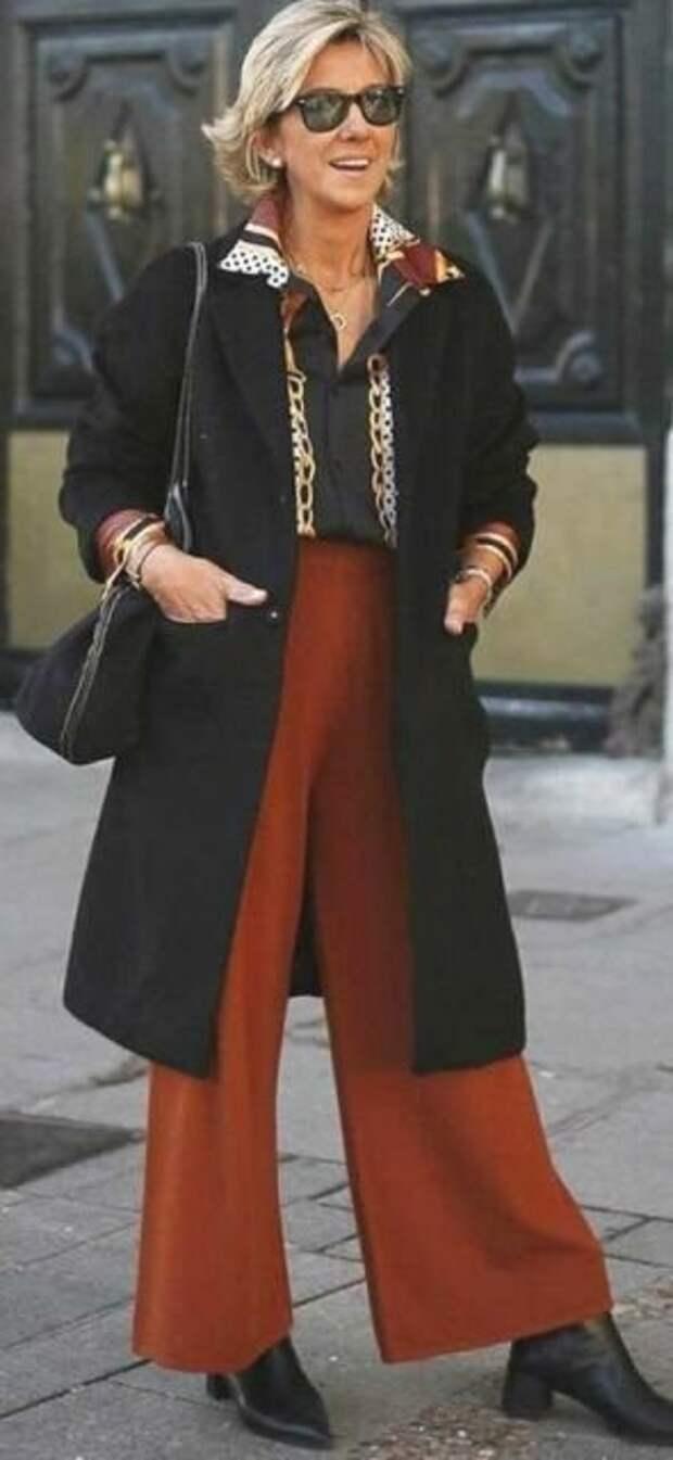 Женские брюки цвета корицы