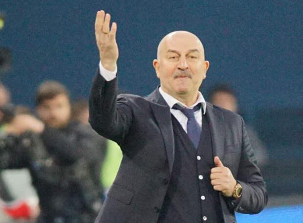 Сборная России обезглавлена. Черчесов покинул пост главного тренера. Кто будет готовить команду к отборочному матчу с Хорватией?