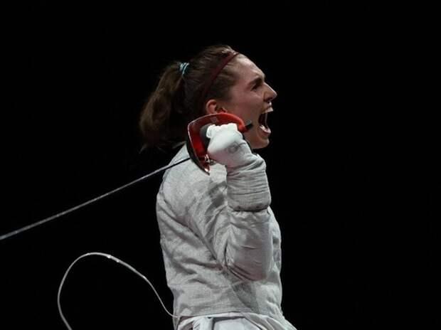Позднякова завоевала олимпийское золото Токио и разбила мечту Великой