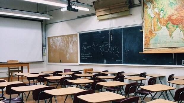 В Минпросвещения РФ оценили возможность досрочного окончания учебного года