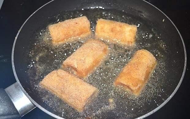 ЛЮБИМЫЙ ЗАВТРАК. Жареные рулетики из хлеба с ветчиной и сыром