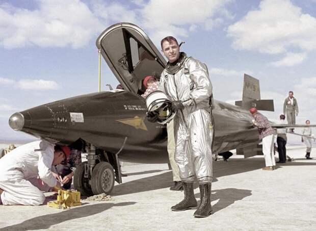 X-15_robert_white_.JPG