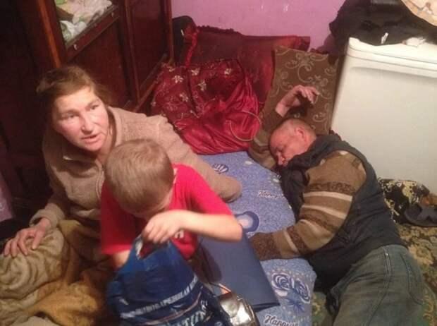 В Москве начали выявлять неблагополучные семьи и ставить их на учет