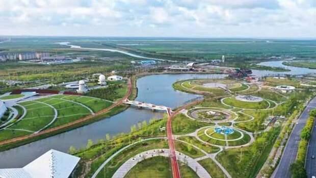 Крупнейший экологический «губчатый» парк в Шанхае открылся для посетителей