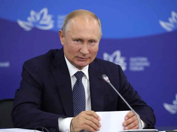 В Сеть попало видео, на котором Путин и Буш водят хороводы