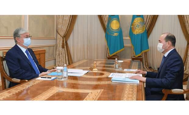 Нурдаулетов рассказал Токаеву о сокращении числа конституционных прав граждан на 33%