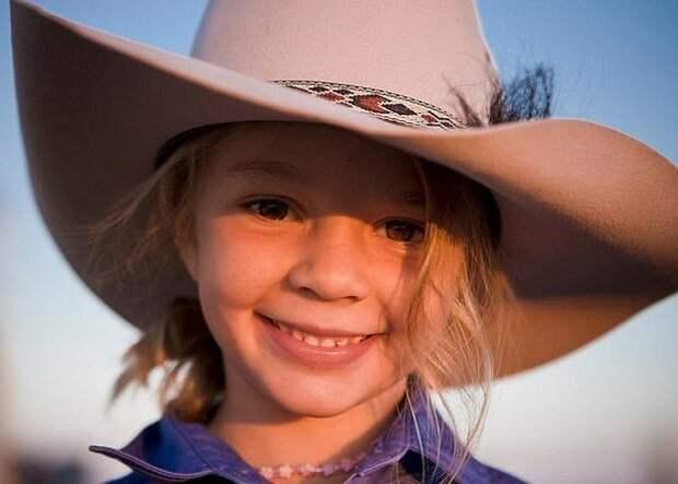 Эми Эверетт, также известная как Долли, была лицом компании Akubra, производящей шляпы австралия, девочка, история, мир, модель, самоубийство, троллинг