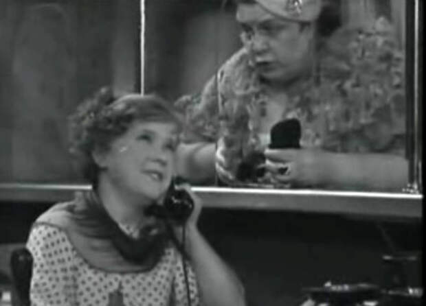 Мария Барабанова в фильме «Девушка спешит на свидание» (1936)