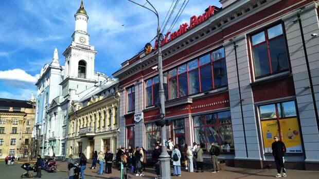Киев готовит ответ в адрес дипломатов РФ после задержания консула в Петербурге