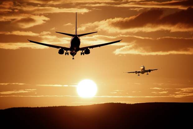 Авиаперелёты по России стремительно дорожают