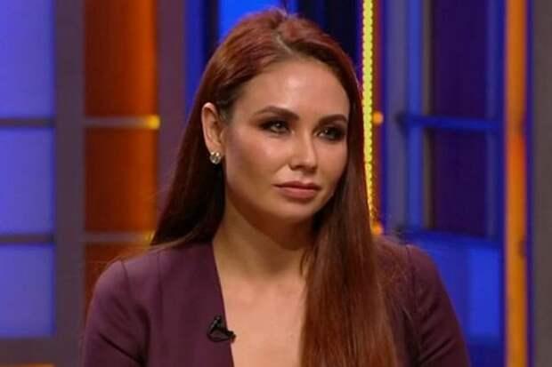 Ляйсан Утяшева рассказала, как ее бабушка плакала из-за новости об аборте