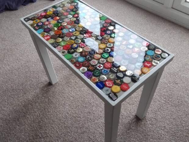 Бюджетный и простейший способ декорирования обычного столика