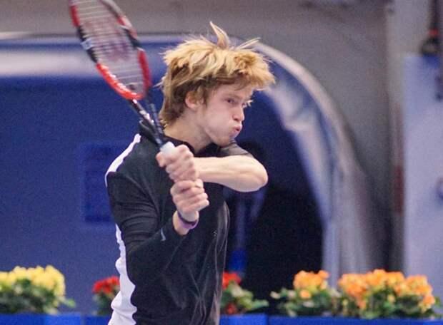 Один шаг до российского дерби. В четвертьфинале US Open могут встретиться Медведев и Рублев